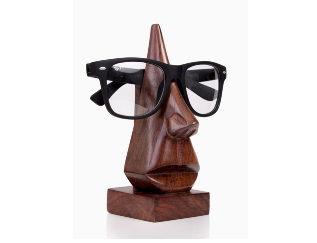 spectacles stand