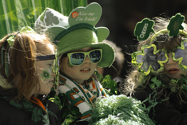 640px-St_Patricks_Day_Parade_Montreal