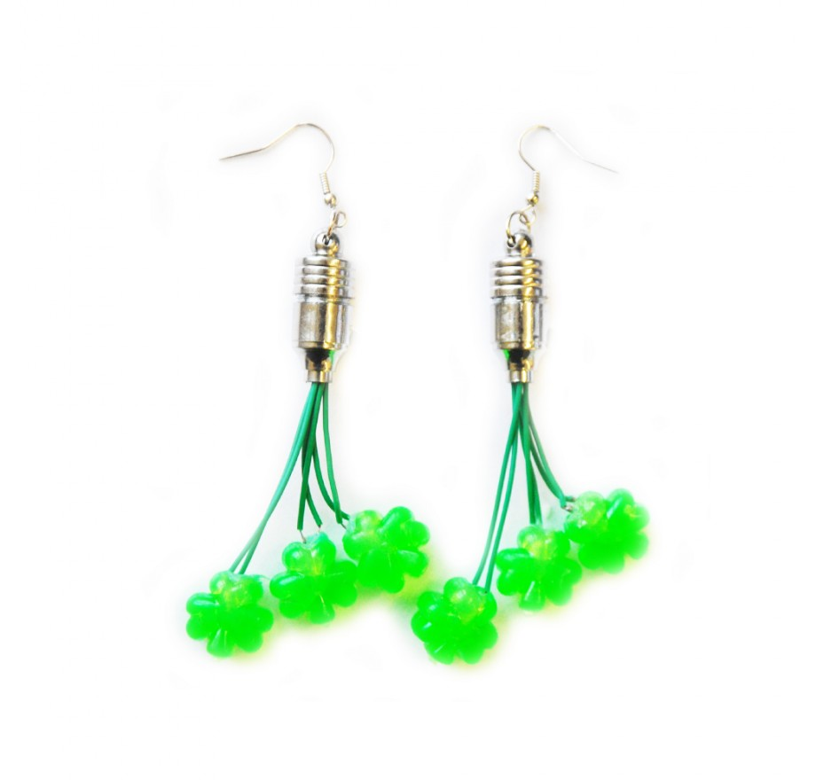 Flashing Shamrock Dangle Earrings