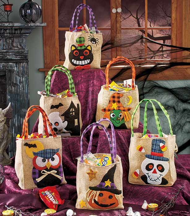 Set of 6 Embellished Burlap Halloween Treat bags