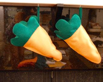 Carrot shaped stckings