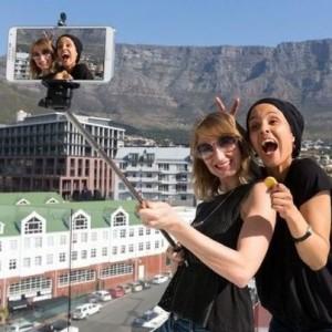 Selfie Monopod + Wireless Remote & Phone Clamp