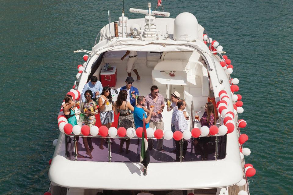 celebrate-in-yacht