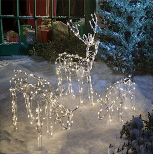 reindeer-family-outdoor-decoration