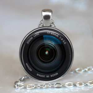 camera-lens-necklace-pendant