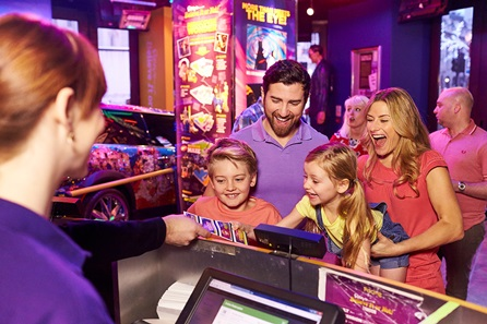 family-visit-to-ripleys-believe-it-or-not-london