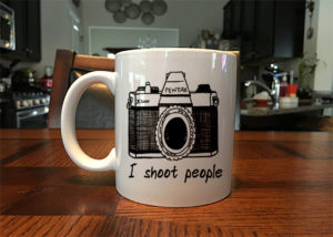 i-shoot-people-coffee-mug