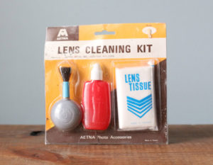 lens-cleaning-kit