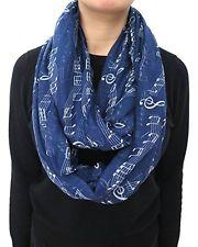musical-notes-loop-scarf