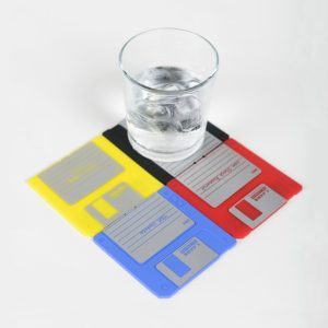 nineties-floppy-disk-model-drink-coaster-set