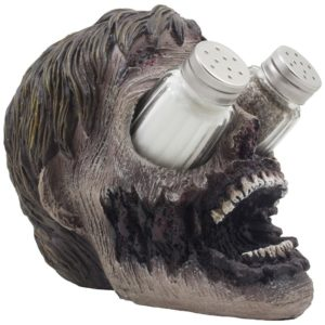 zombie-head-glass-salt-and-pepper-shaker-set