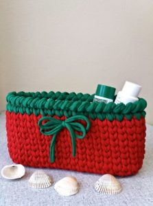Christmas red basket