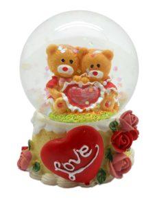 A Valentine water globe