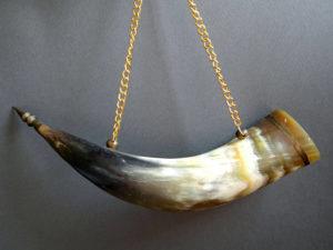 Horn wine mug