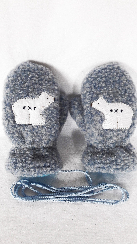Woolen mittens