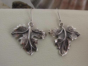 Ivy leaf dangle and drop earrings