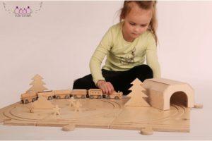 wooden magnet toy train set