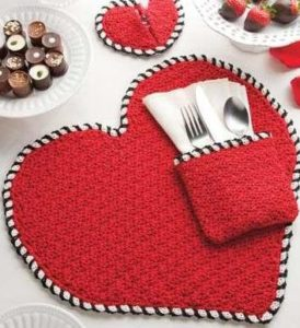 Heart Shaped Placemats Table Décor
