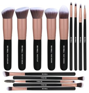 Makeup Brushes - Christmas gifts for aunts