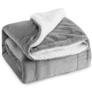 Plush Throw Blanket - gift ideas for elderly parents
