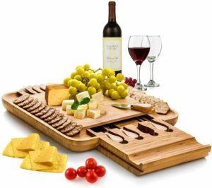 Bambusi Cheese Board and Knife Set - Wooden Christmas gift ideas