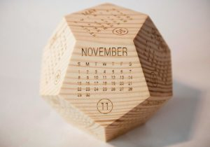 Solid Wooden Calendar 2020 - Wooden Christmas gift ideas